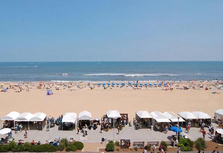 Econo Lodge Oceanfront, Virginia Beach, Beach
