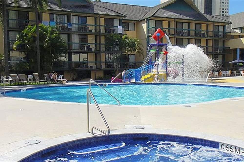 Superior Resort Room (Pool View) - Utsikt fra gjesterommet