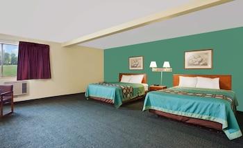 卡萊爾南卡萊爾速 8 酒店的圖片