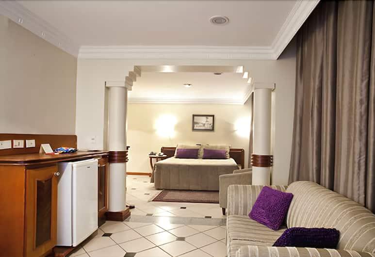 Umuarama Plaza Hotel, Goiânia, Suite, Stue