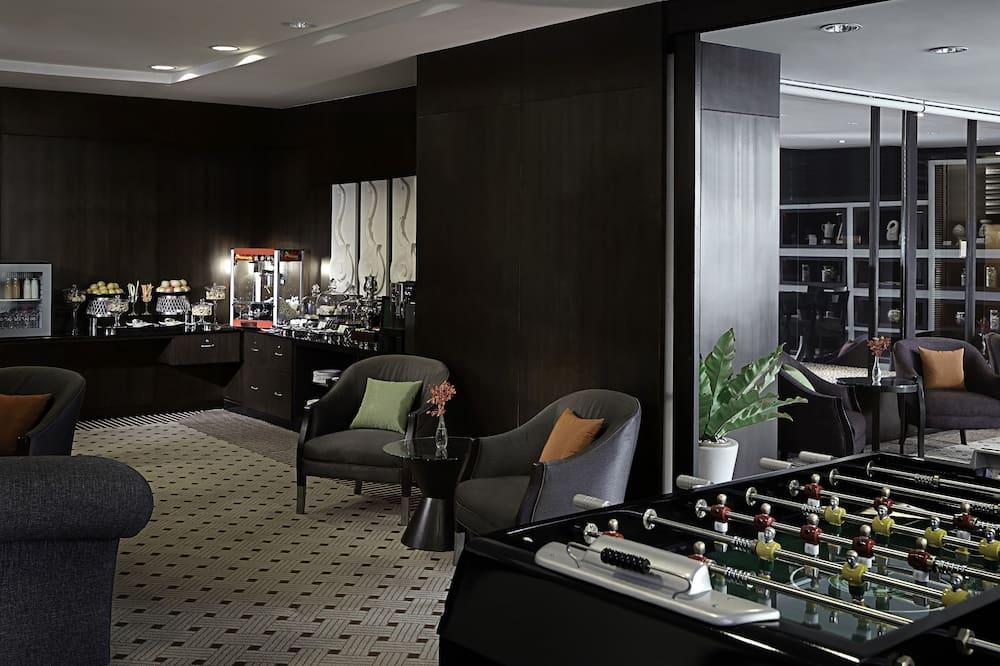 Oasis Retreat - Living Area