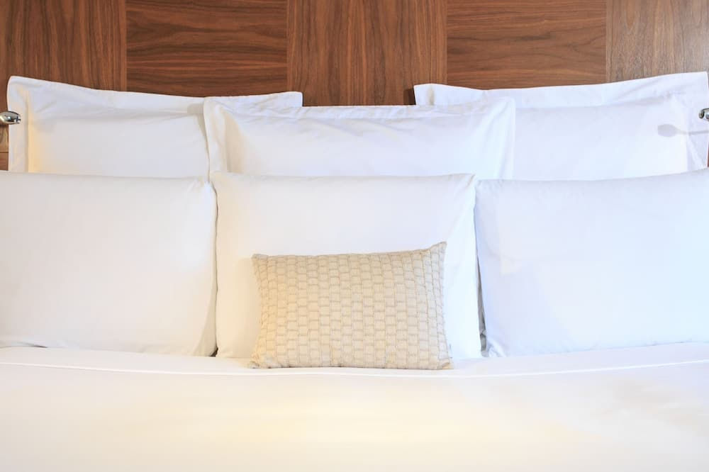 Room, 1 Queen Bed, Non Smoking - Guest Room