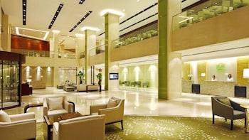 תמונה של Holiday Inn Riverside Wuhan בווחאן
