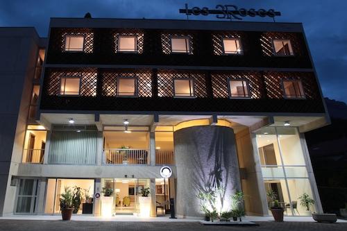 梅朗格勒諾布爾三朵玫瑰原創精品酒店