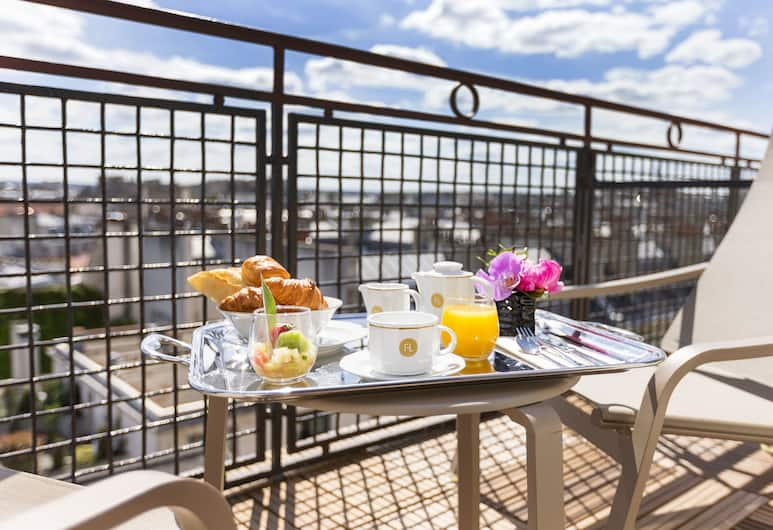 Maison FL, Paris, Penthouse, Balcony