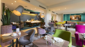 Foto van Hotel Acanthe in Boulogne-Billancourt