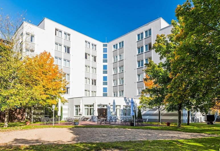 TRYP Bochum-Wattenscheid Hotel, Bochum, Terrace/Patio