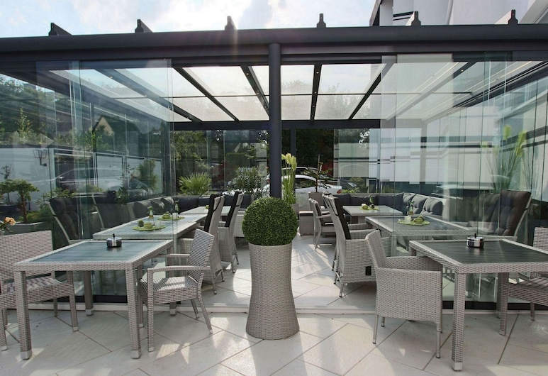 Hotel Grille, Erlangen, Terraza o patio