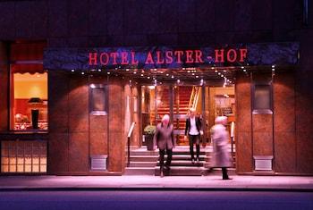 A(z) Hotel Alster-Hof hotel fényképe itt: Hamburg