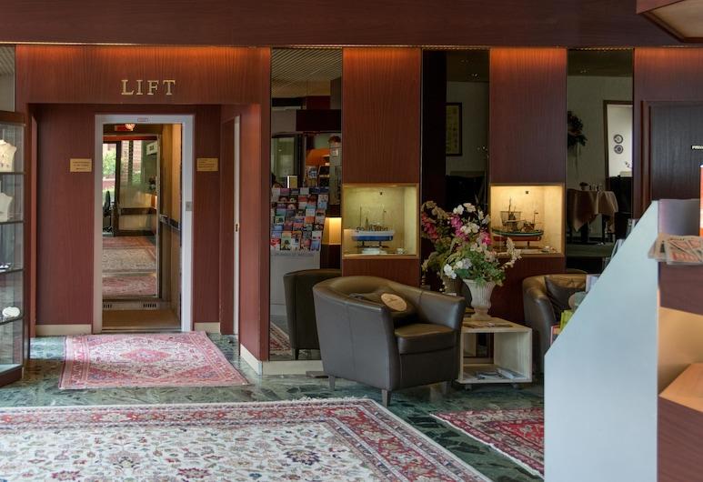Hotel Helgoland, Hamburg, Lobby