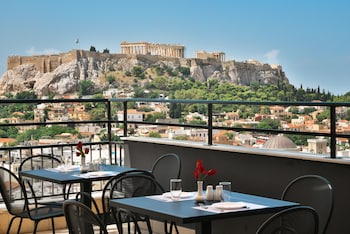 Picture of Astor Hotel in Athens