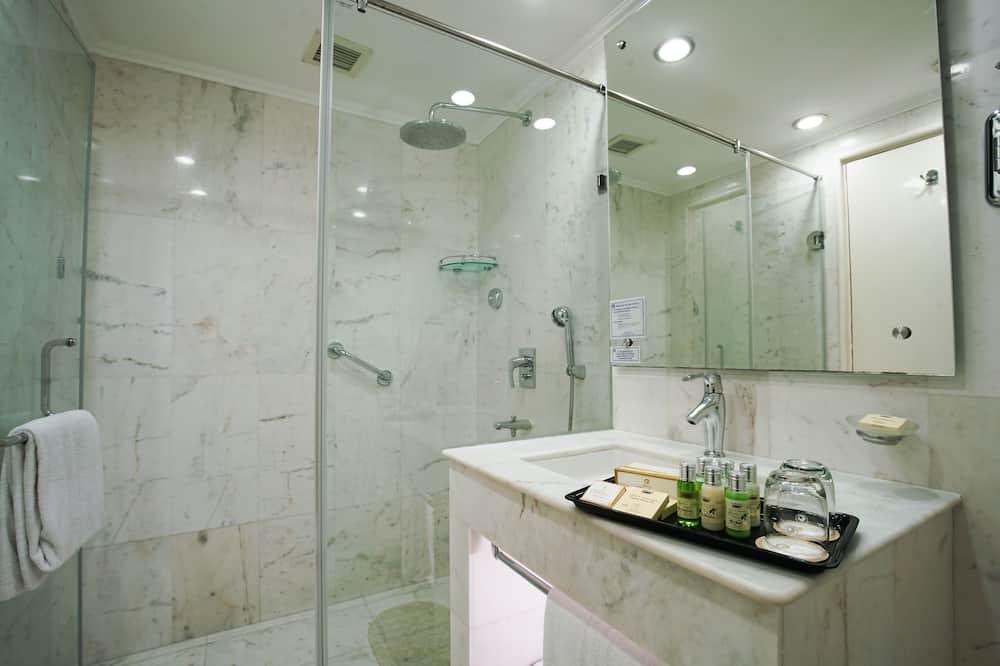 高級客房 - 浴室