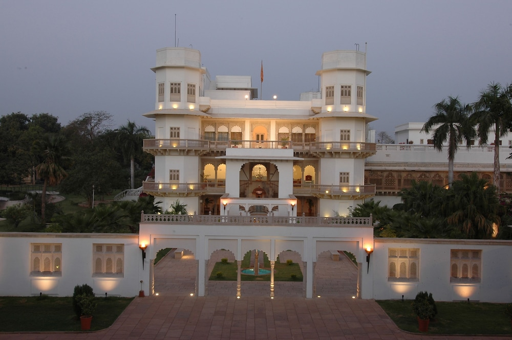 Taj Usha Kiran Palace Hotel Gwalior