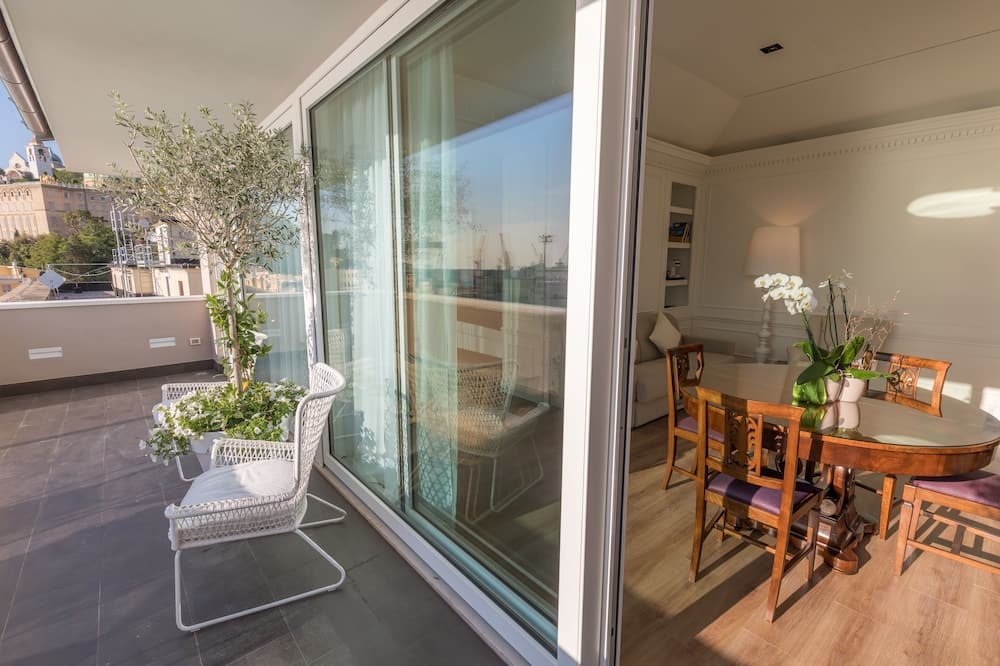 Suite (La Terrazza) - Balcony