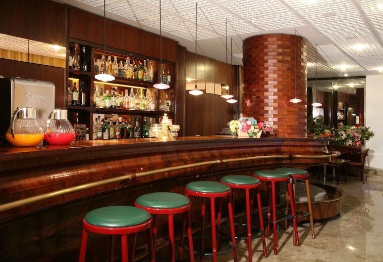 Mokinba Hotels Cristallo, Milan, Bar Hotel