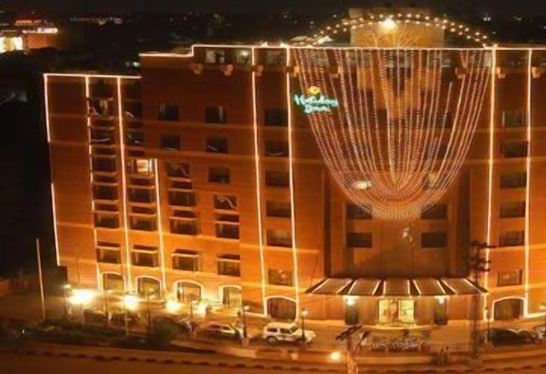 Four Points by Sheraton Lahore, Lahore, Exterior