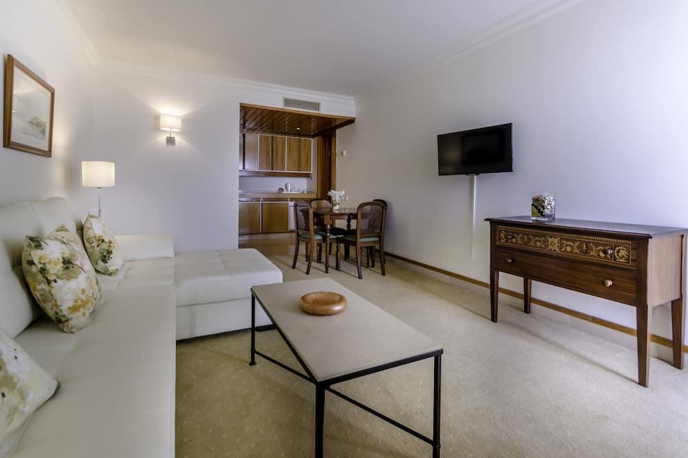 Suite (Triple) - Sala de estar