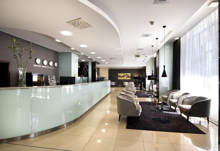 Hotel Tatra, Bratislava, Reception