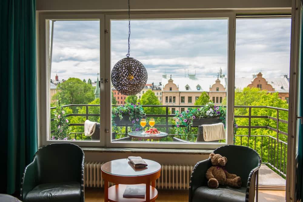 Deluxe Double Room, 1 King Bed, Balcony - Balcony View