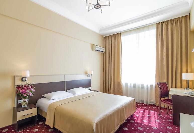 Hotel Ukraine, Kyiv