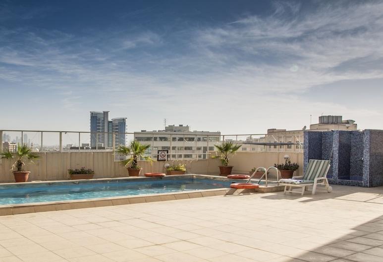 帝國套房飯店, 杜拜, 頂樓游泳池