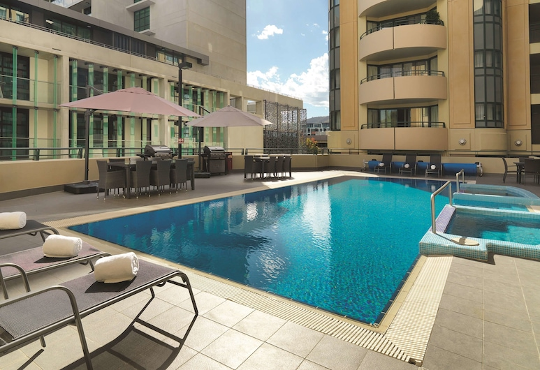 Adina Serviced Apartments Canberra James Court, Braddon