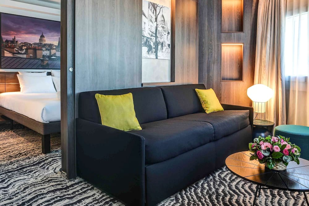 Suite, 1 King Bed with Sofa bed (Paris View) - Guest Room