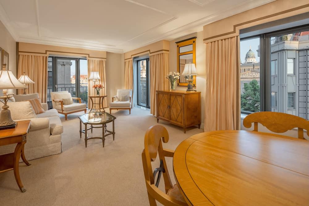 Apartmán typu Deluxe, 1 extra veľké dvojlôžko, nefajčiarska izba - Obývacie priestory