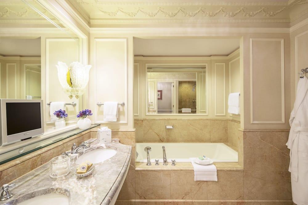 Apartmán (Linden) - Kúpeľňa