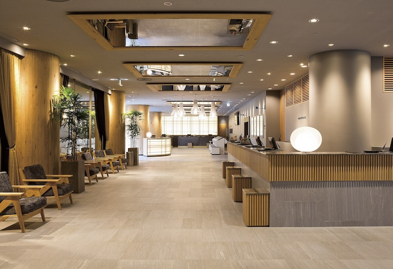 新宿華盛頓主飯店, 東京, 大廳