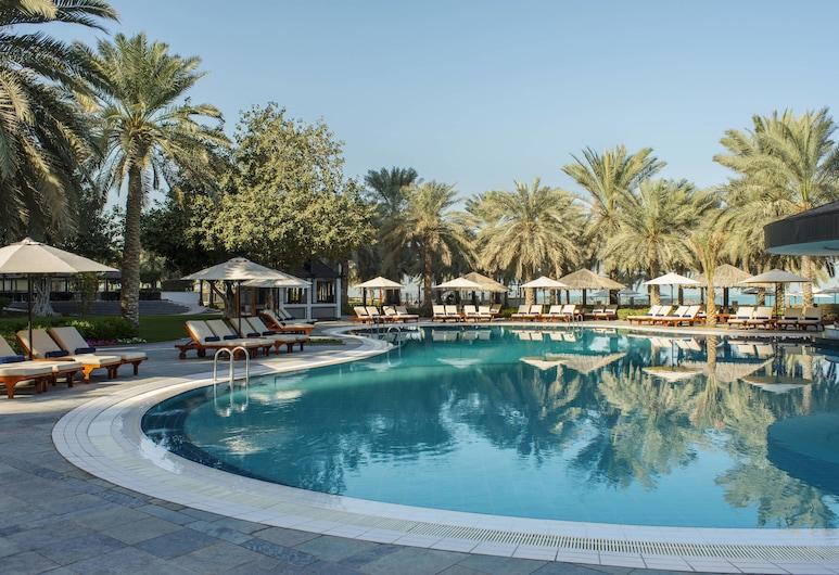 Sheraton Jumeirah Beach Resort, Dubajus, Baseinas