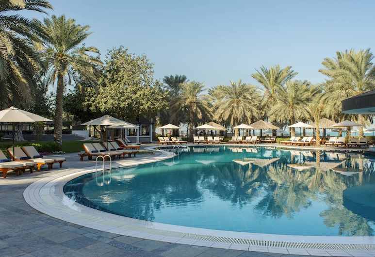 Sheraton Jumeirah Beach Resort, Dubaj, Basen