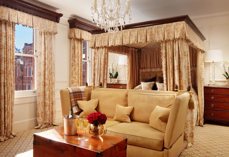 The Egerton House Hotel, London, Studio Suite, Guest Room View