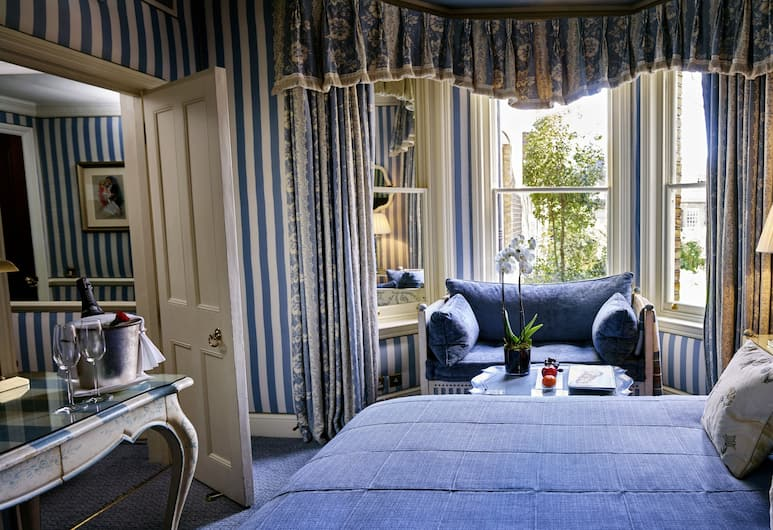 The Egerton House Hotel, London, Deluxe Room, 1 Queen Bed, Guest Room