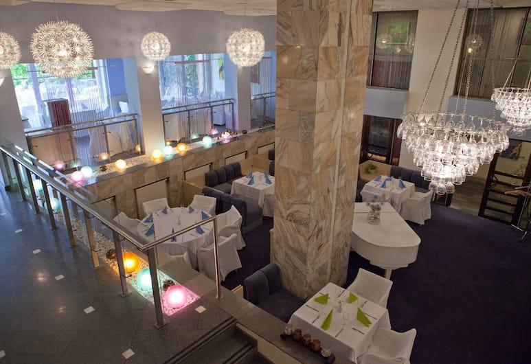 Karolina Park Hotel & Conference Center, Wilno, Restauracja