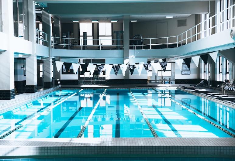 The Los Angeles Athletic Club, Los Angeles, Krytý bazén
