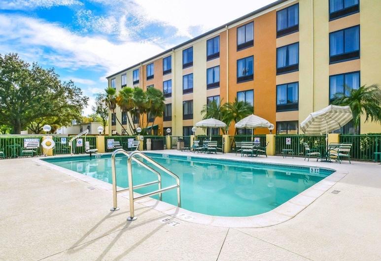 坦帕-布蘭登凱富全套房飯店, 坦帕, 游泳池