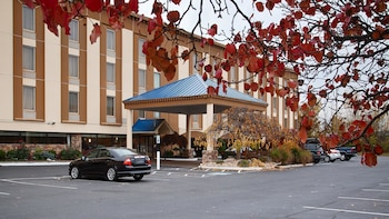 Фото Best Western Fort Washington Inn в Форт-Вашингтон