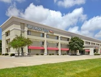 Picture of Baymont Inn & Suites in Champaign