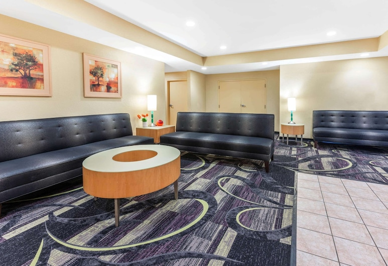 La Quinta Inn by Wyndham Ft. Lauderdale Northeast, פורט לודרדייל, לובי