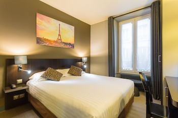 Enter your dates to get the best Paris hotel deal