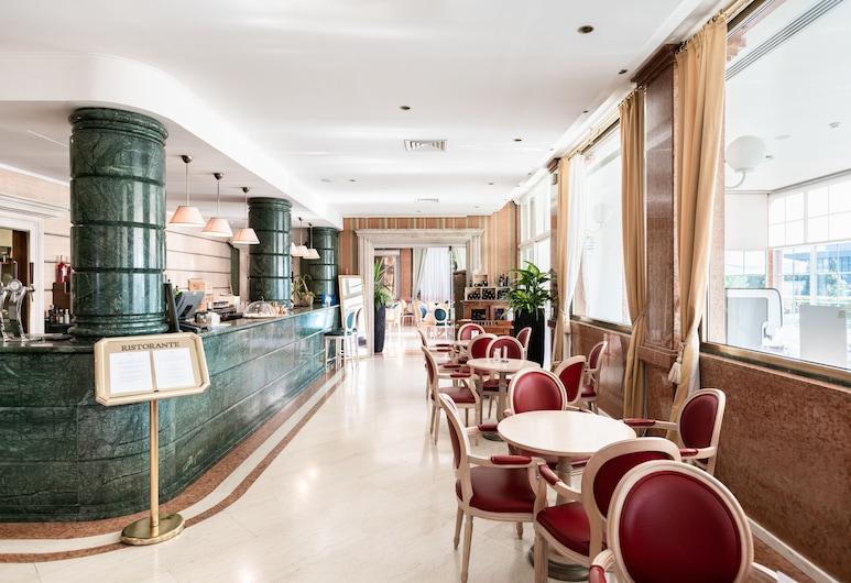 SHG Hotel Catullo, San Martino Buon Albergo, Bar del hotel