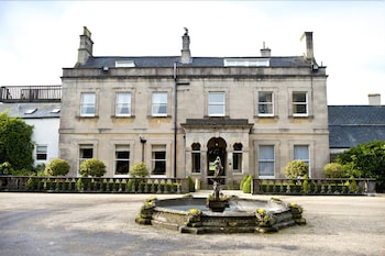 Picture of Charlton House Spa Hotel in Shepton Mallet