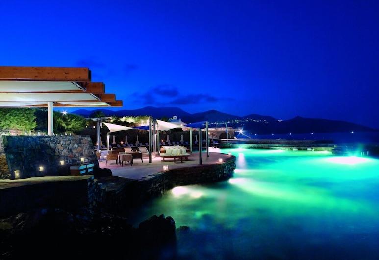St. Nicolas Bay Resort Hotel & Villas, Ayios Nikolaos, Bar del hotel
