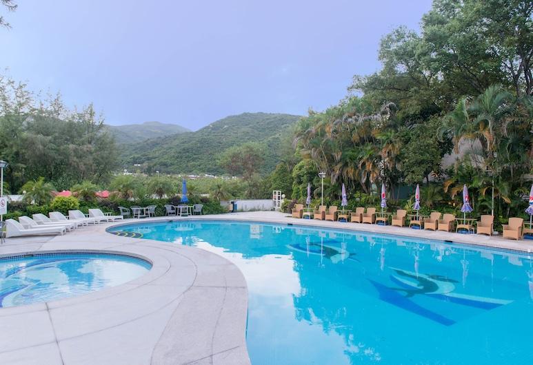 โรงแรมซิลเวอร์มายบีชรีสอร์ท, เหมยโว, สระว่ายน้ำกลางแจ้ง
