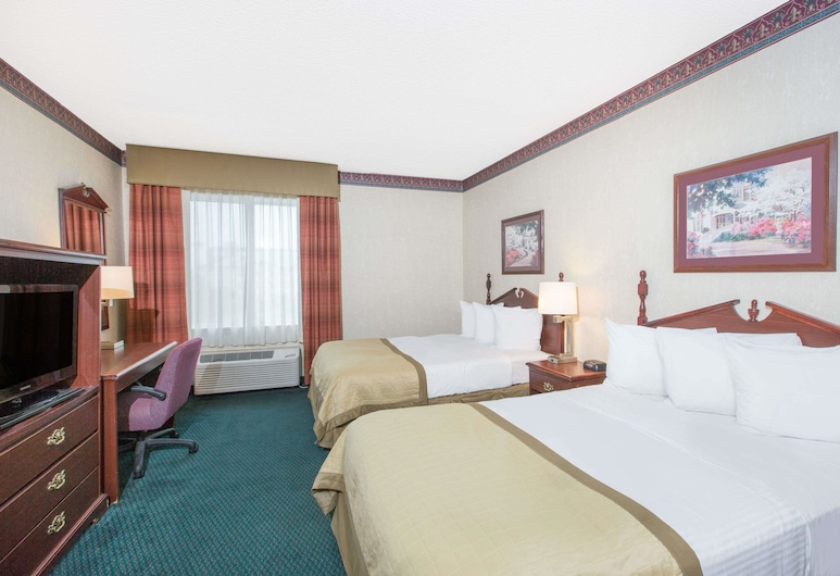 Baymont by Wyndham Jonesboro, Jonesboro, Double Room, 2 Double Beds, Guest Room