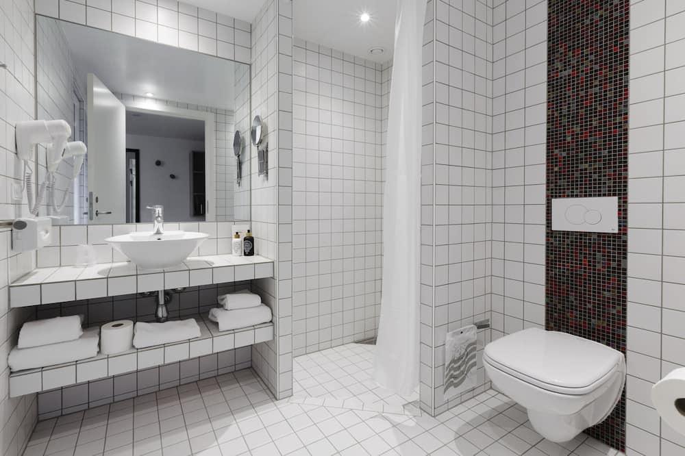 Comfort Twin Room, 1 Bedroom - Bathroom