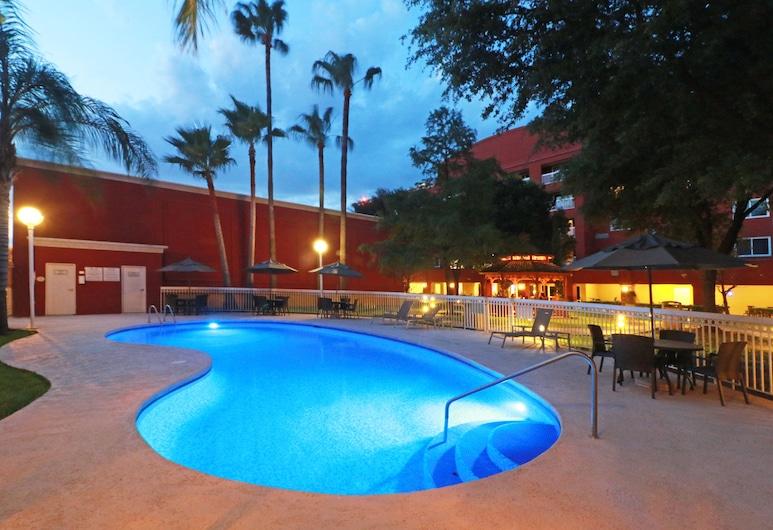 Courtyard by Marriott Monterrey Airport, Apodaca, Εξωτερική πισίνα