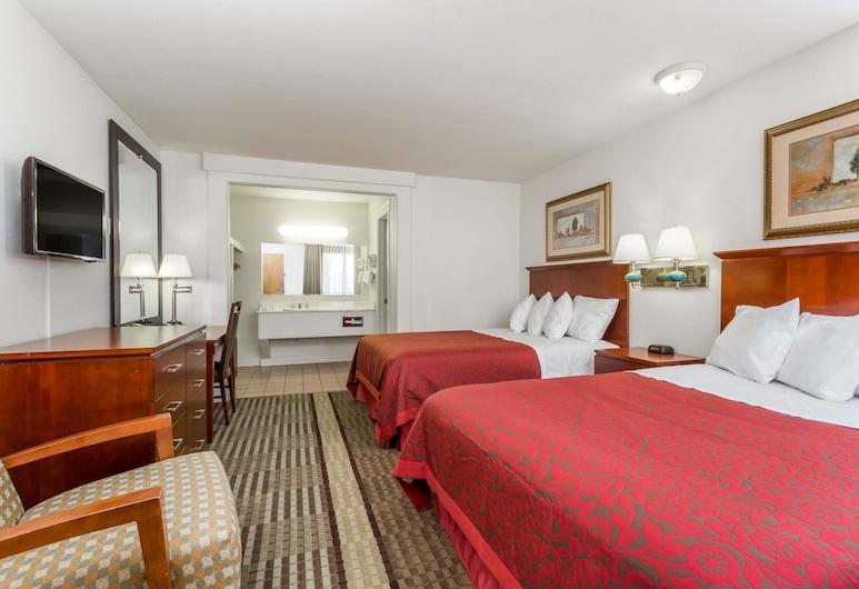 Days Inn by Wyndham Kimball, קימבול, סוויטה, 2 מיטות קווין, חדר אורחים