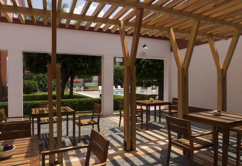 Fiesta Inn Leon, Leon, Terrasse/patio
